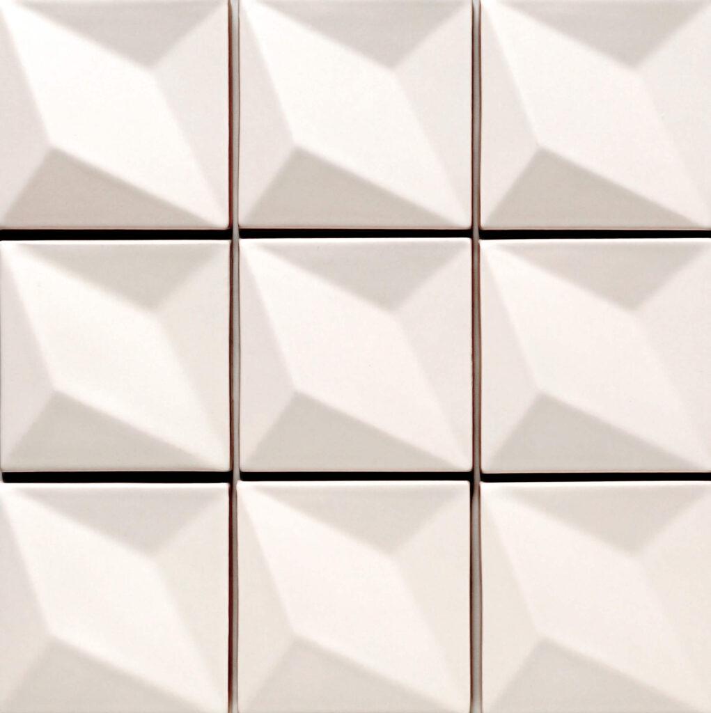 Verbund der Fliese LUX in der Farbe White matt. Das Bild zeigt zusammengesetzte LUX-Fliesen in einem weissen, matten Farbton. Die Datei ist ein Foto im JPEG-Format.